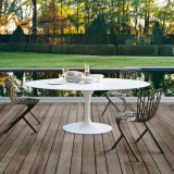 Knoll Saarinen Saarinen Table and Washington Skeleton Chair