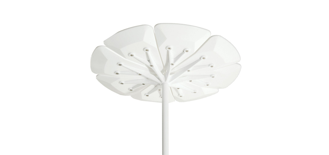 Knoll Petal Side Table by Richard Schultz
