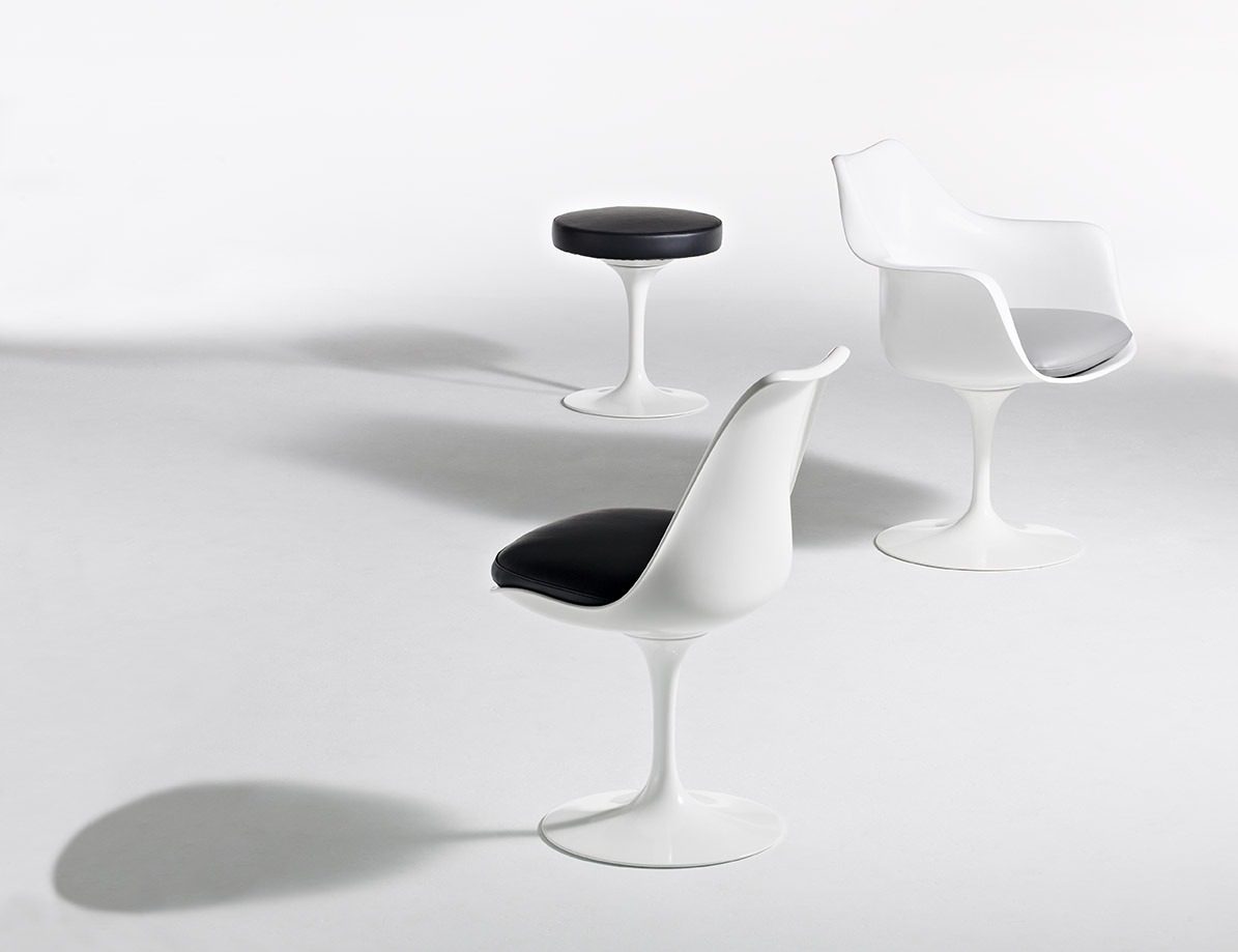 Eero Saarinen Pedestal Collection Tulip Stool Tulip Armchair Tulip Armless Chair