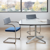 Dividends Horizon meeting table with Moment side chairs