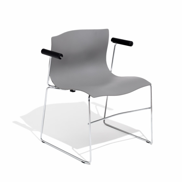 Beau Handkerchief Chair | Knoll