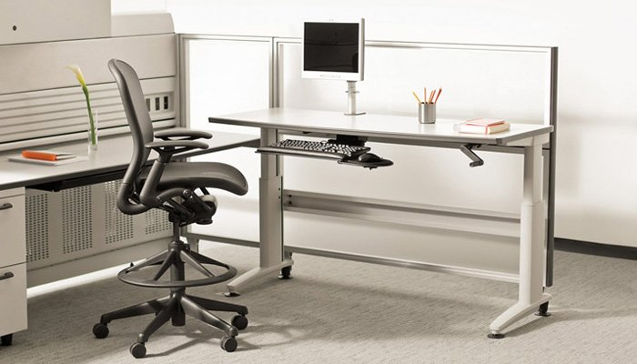 Currents® Height-Adjustable Desk with Chadwick® High Task Chair