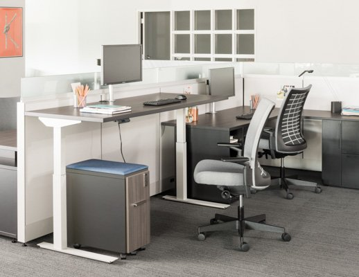 Knoll Tone Height Adjustable Table With Fully Painted White Base And Remix Ergonomic Chair
