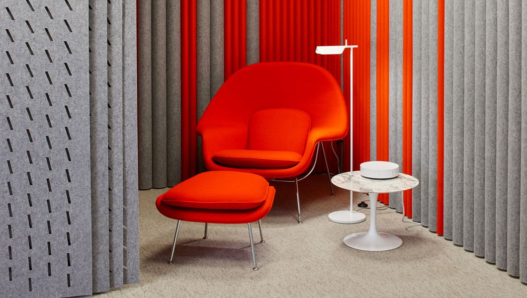 Knoll Shared Spaces Refuge Womb Chair