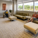 healthcare lounge waiting room Architecture & Associes Sofa & Ottoman