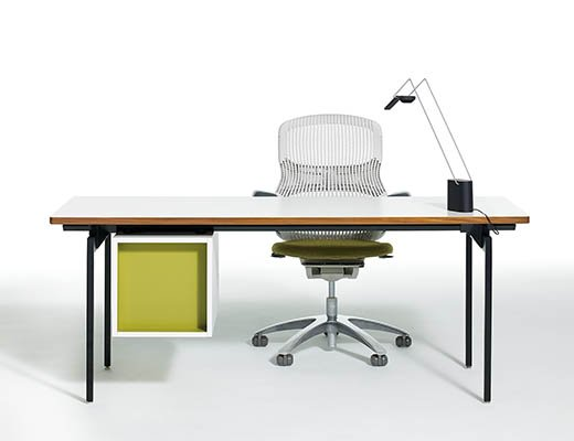 Merveilleux ... Knoll Antenna Workspaces Desk ...