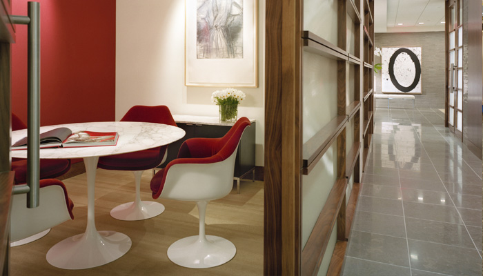 Saarinen Table with Tulip Chair