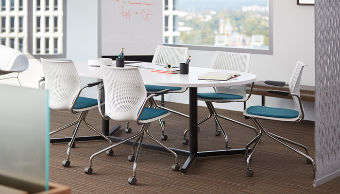 MultiGeneration by Knoll and Antenna Telescope Y-Base Table
