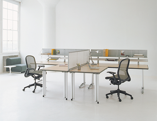 Propeller Desks