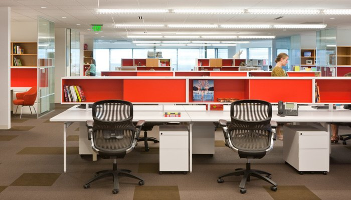 Antenna Workspaces is fit for contemporary task and team work; shown with Generation by Knoll.
