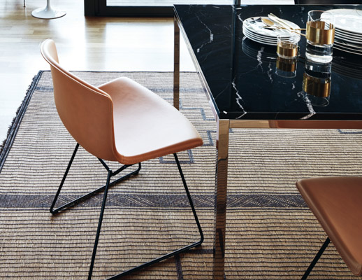 bertoia leather side chair florence knoll dining table womb chair