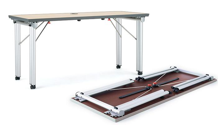 ... Folding 4 Leg Table