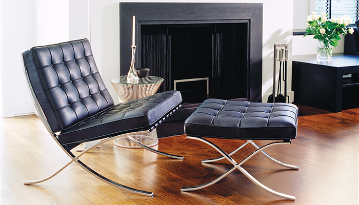 Barcelona Chair, Platner Side Table