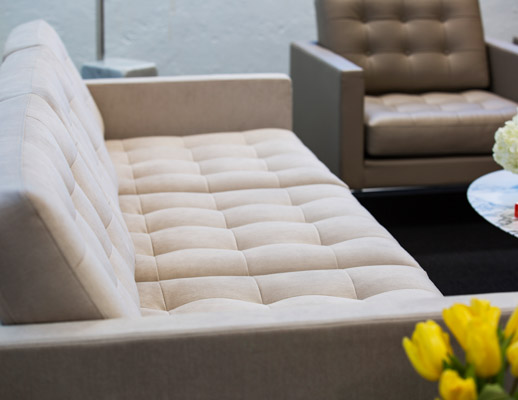 Neocon Showroom 2017 Florence Knoll Relaxed Lounge Chair Sofa Settee