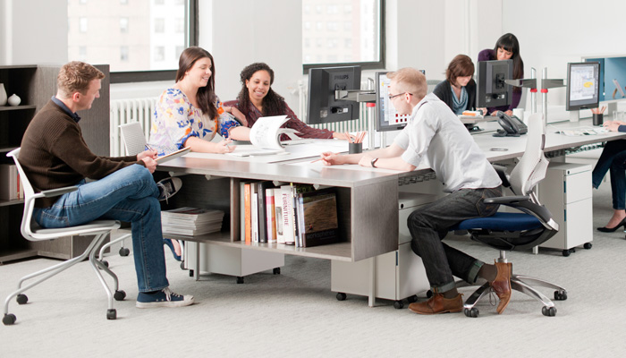 Group study environment with Antenna Workspaces®, Generation by Knoll®Chairs and MultiGeneration by Knoll® Side Chairs
