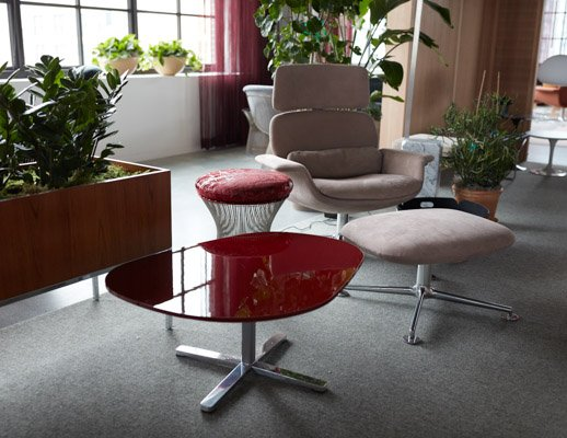 knoll design days kn collection piero lissoni islands collection by knoll platner stool refuge