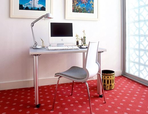 Propeller Table, Copeland Light, Gigi Chair