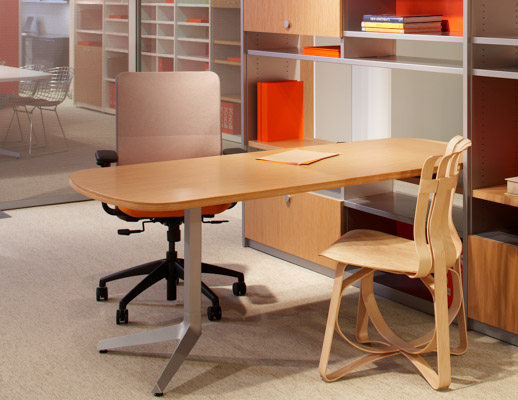 Dividends Horizon Table with EWC Task chair and Frank Gehry Armless Hat Trick Chair