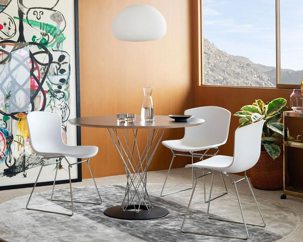 Knoll Classics the Isamu Nogchi Collection