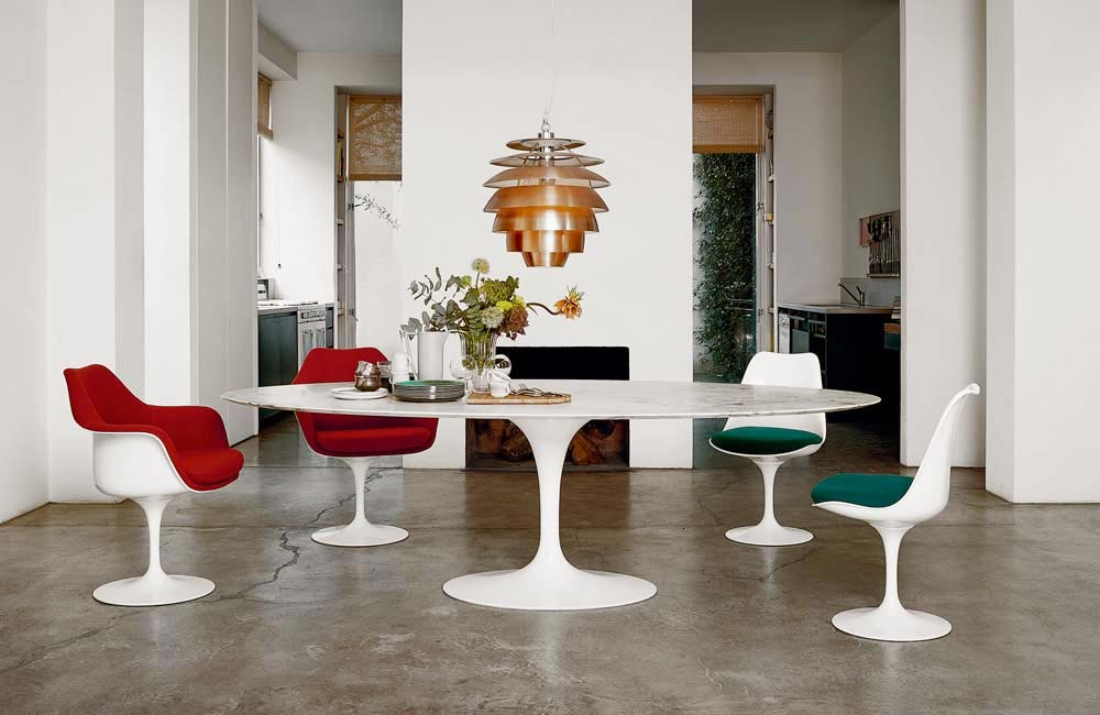 Shop Dining and Kitchen Gift Ideas from Knoll and Muuto