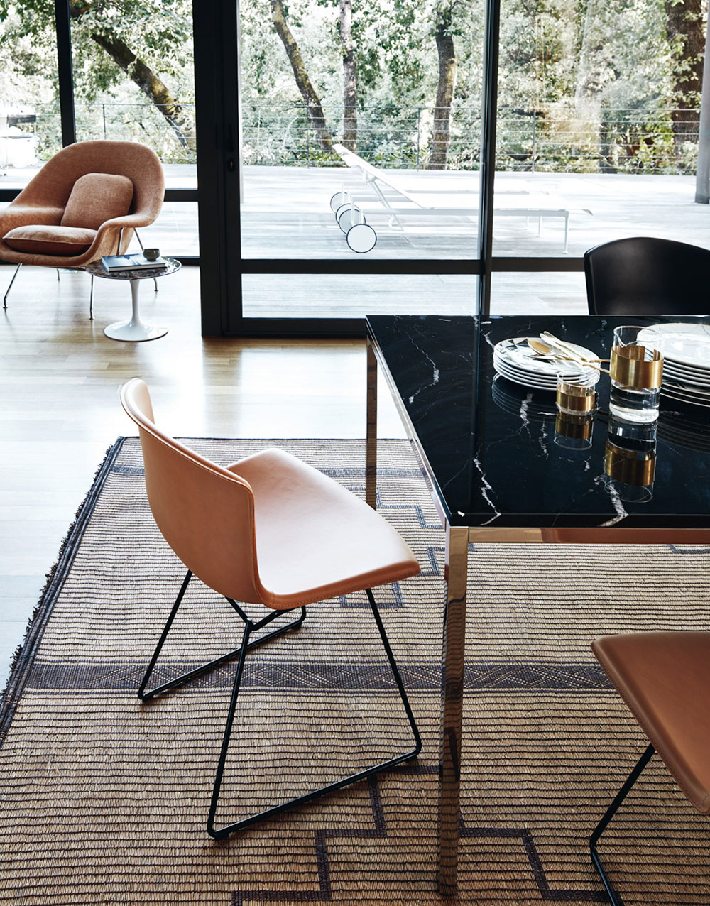 Knoll Dining Room Furniture Bertoia Leather