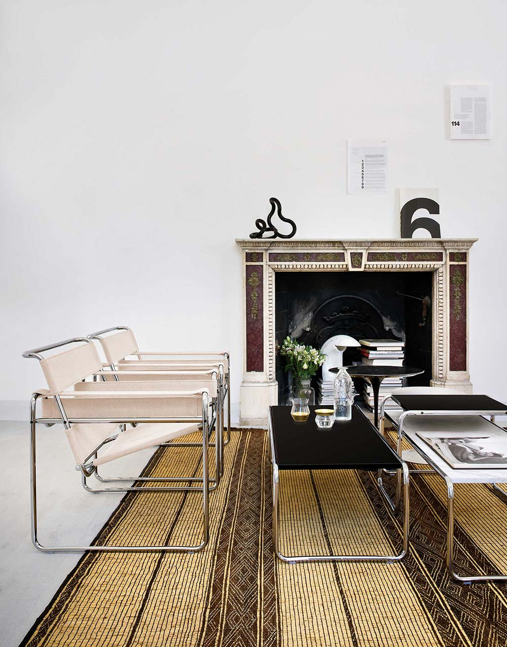 Knoll Living Room Furniture with Wassily Chair