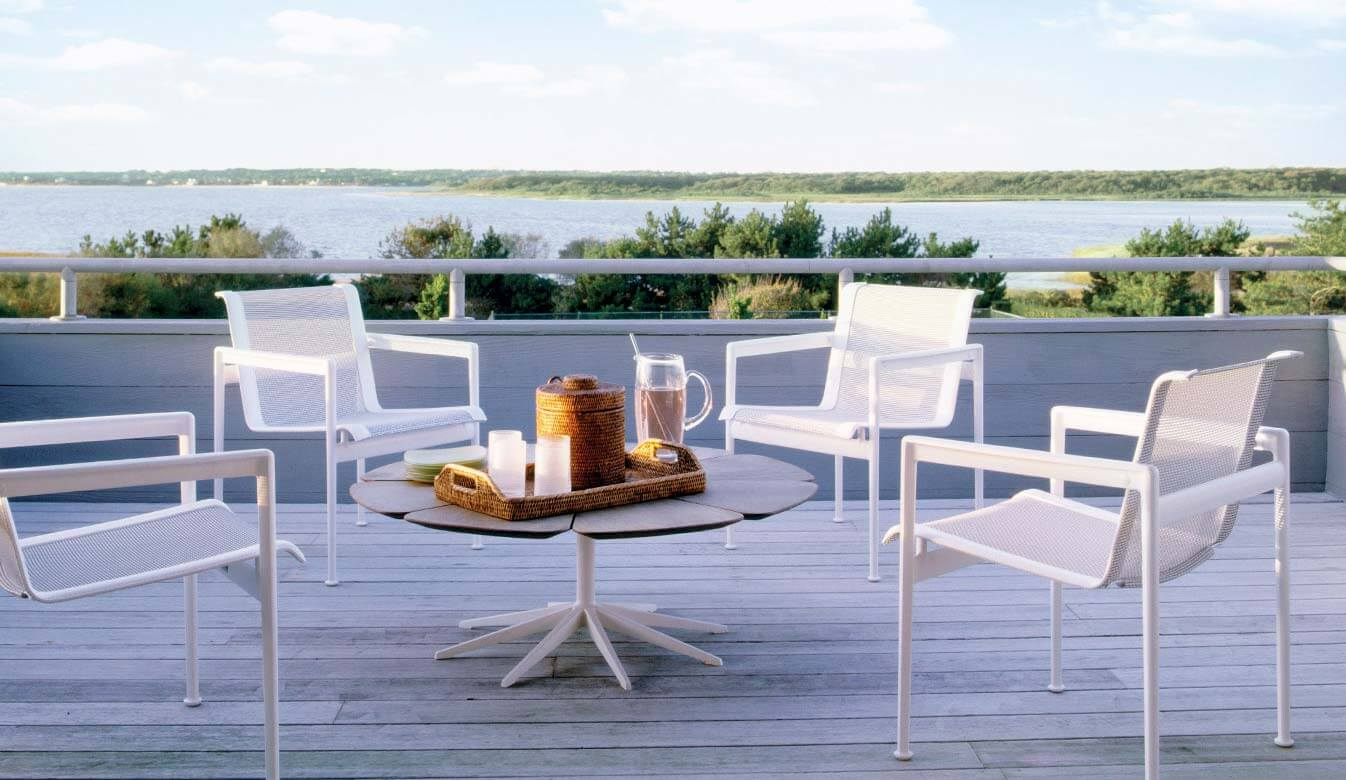 Knoll Outdoor Furniture