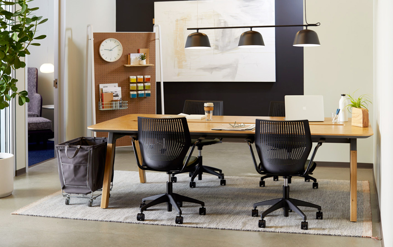 Explore Knoll workplace design and planning products, research and resources.