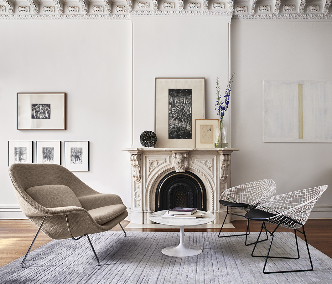 Bertoia Two-Tone Diamond Chair and Womb Settee in situ | Knoll Inspiration