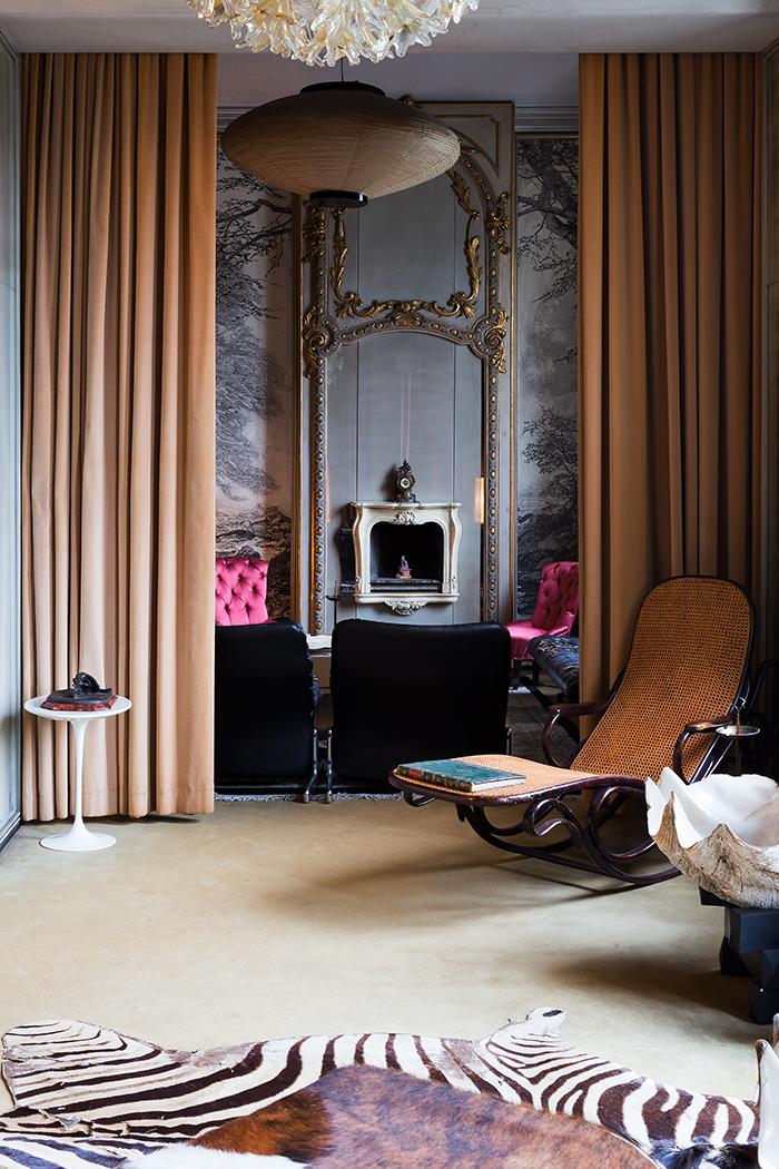 Casa Mollino as restored by Fulvio Ferrari | Saarinen Side Table | PC: Bart Keggin | Knoll Inspiration