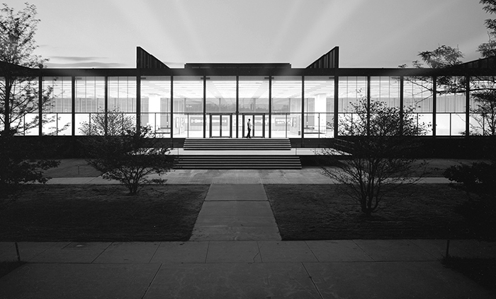 Ludwig Mies van der Rohe's Crown Hall at Illinois Institute of Technology, 1950-1956 | In Conversation with Sarah Rogers Morris | Knoll Inspiration