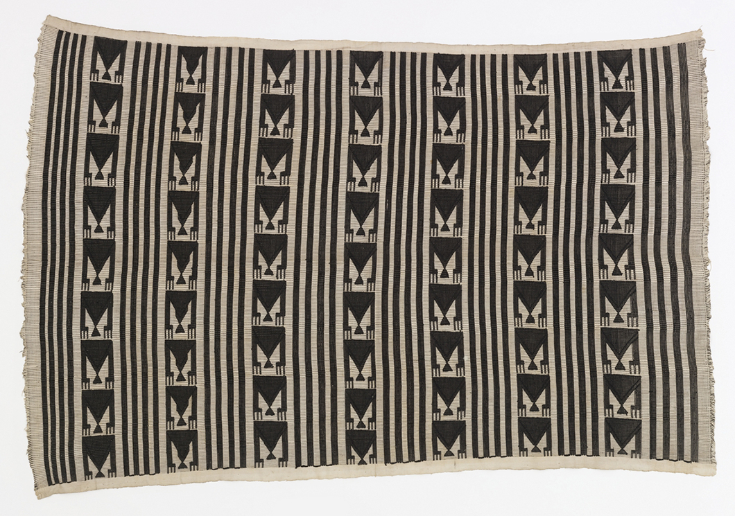 Women's Wrapper from the Igbo peoples, Akwete, Nigeria, early to mid-20th century from David Adjaye Selects | PC: Cooper-Hewitt, Smithsonian Design Museum | In Conversation with David Adjaye | Knoll Inspiration
