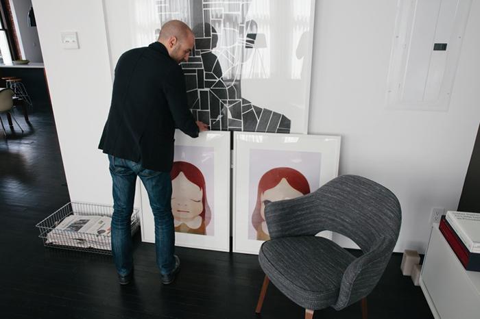 Dean DiSimone's renovated loft in SoHo, New York | Saarinen Executive Arm Chair | PC: Brian W. Ferry | Knoll Inspiration