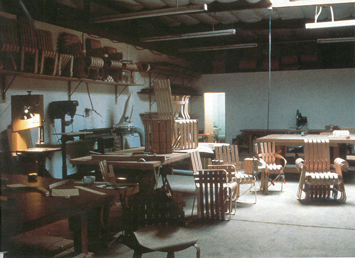 Frank Gehry working on the Bentwood Collection for Knoll, 1991 | PC: Knoll Archive | In Conversation with Paul Goldberger | Knoll Inspiration