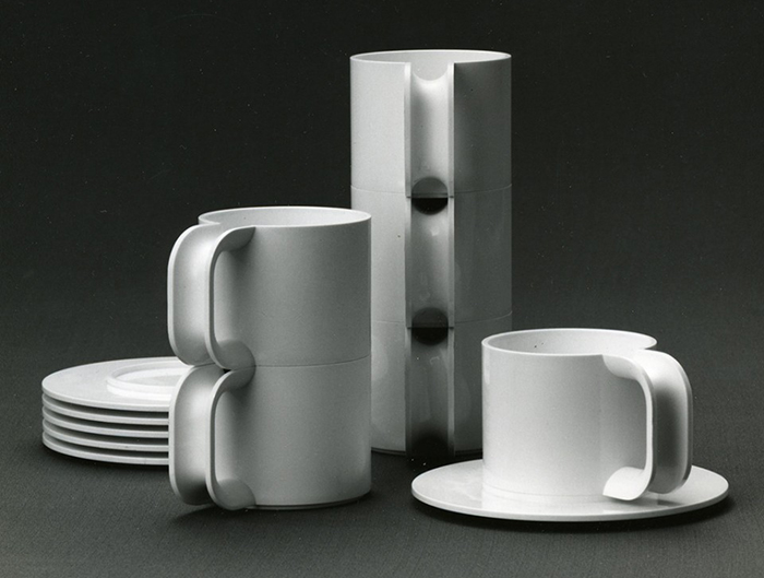 Dinnerware designed by Massimo Vignelli for Heller, 1964-1971 | PC: Vignelli Center for Design Studies | In Conversation with Kathy Brew | Knoll Inspiration