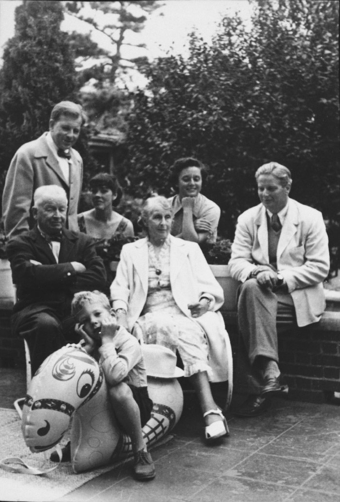 Florence Knoll and the Saarinen Family