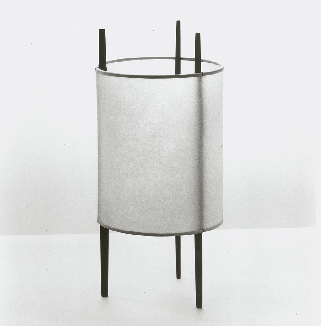 Three-legged Cylinder Lamp for Knoll, 1944 by Isamu Noguchi | Knoll Inspiration