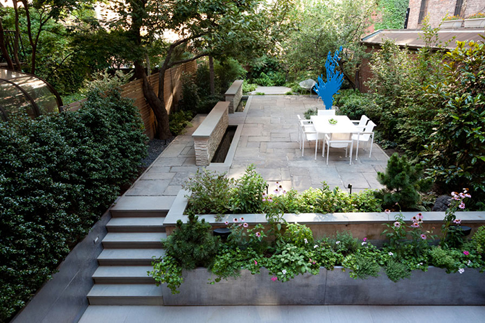 Richard Schultz's 1966 Collection on the patio of a Brooklyn Townhouse by RKLA