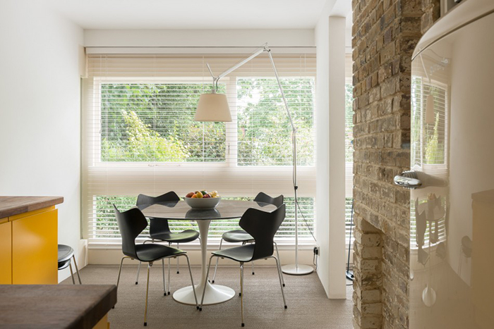 Ham Richmond upon Thames by Stirling & Gowan | Saarinen Tulip Table | Knoll Inspiration