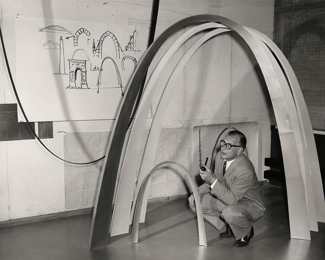 Eero Saarinen Sculptor Of Form Knoll Inspiration