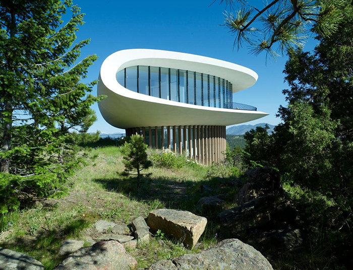 Sculptured House in Jefferson County, Colorado by Charles Deaton | Knoll Inspiration