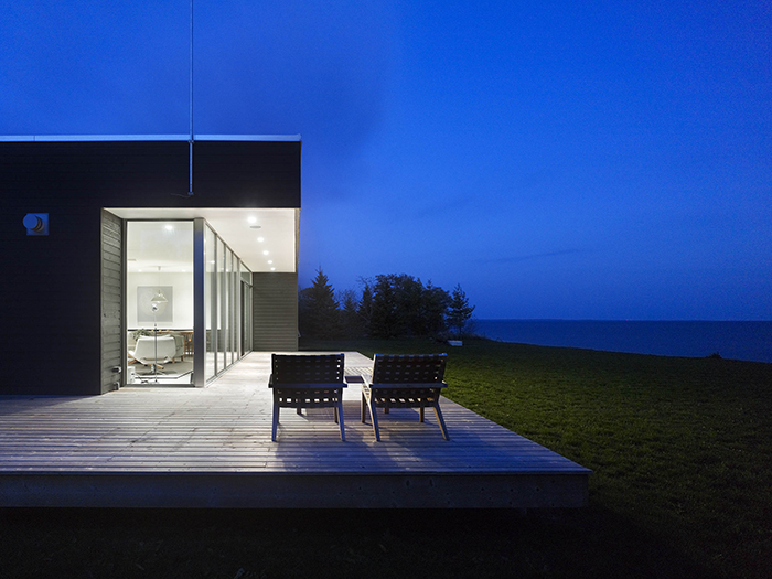 Richard Williams Architects | Twitter House near Lake Ontario, Canada