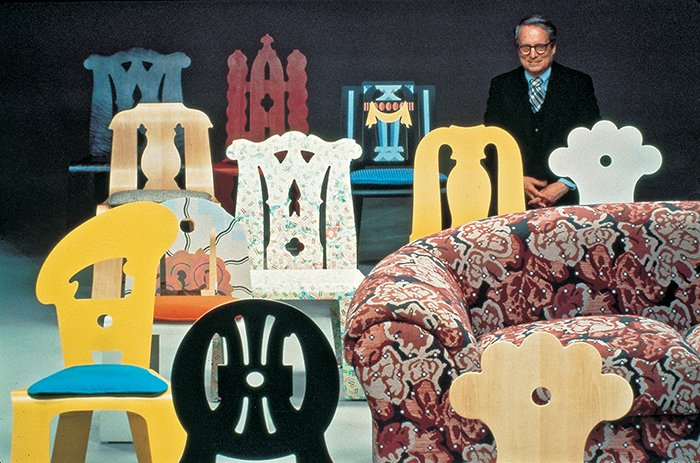 Robert Venturi with The Venturi Collection, c. 1984 | PC: Knoll Archive | Knoll Inspiration