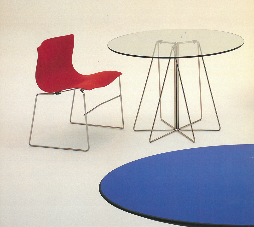Handkerchief Chair and Paperclip Table designed by Massimo Vignelli, 1983-1994 | PC: Knoll Archive | In Conversation with Kathy Brew | Knoll Inspiration