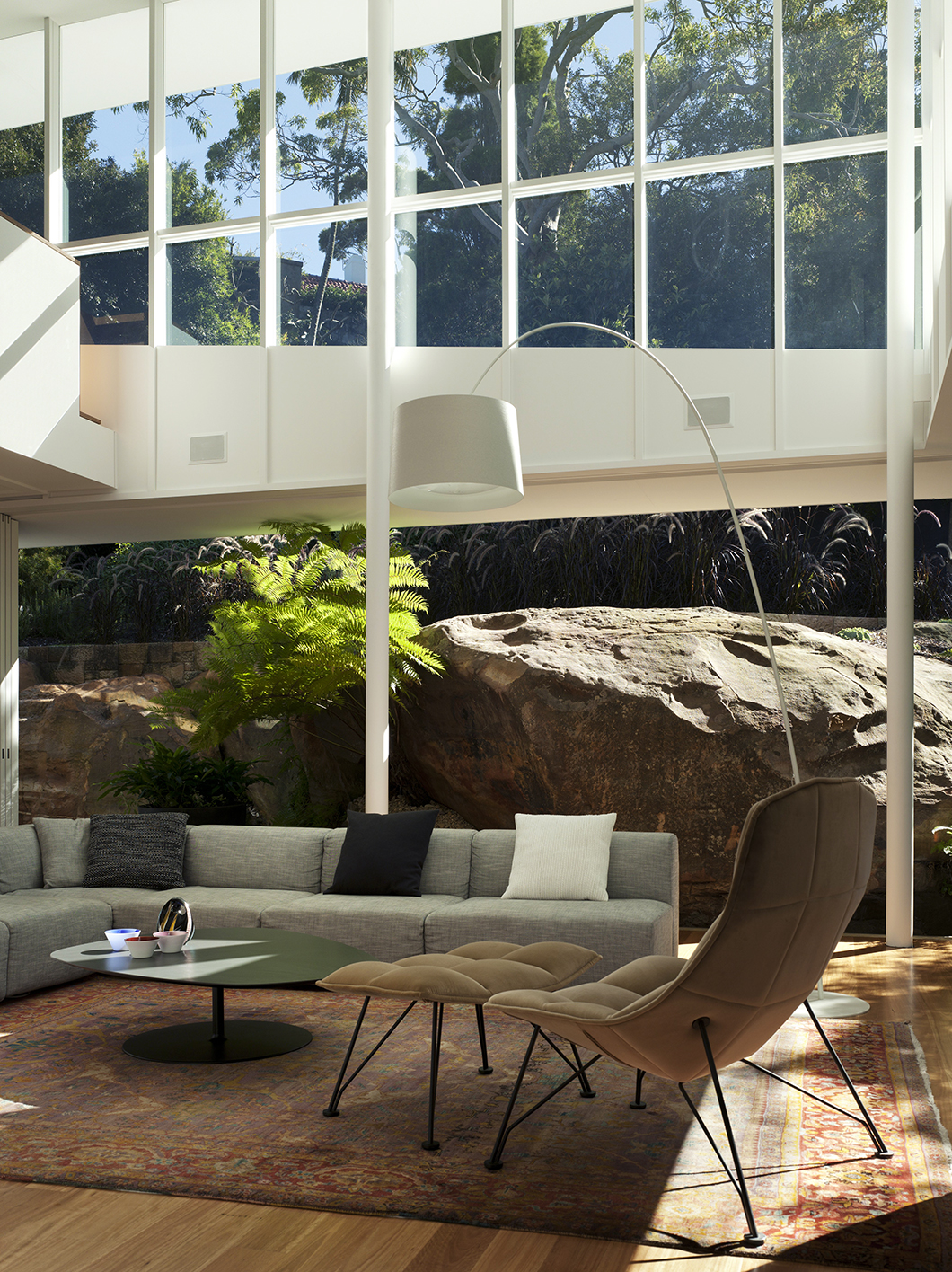 Skirt + Rock House | Featured: Jehs + Laub Lounge Chair | Knoll Inspiration