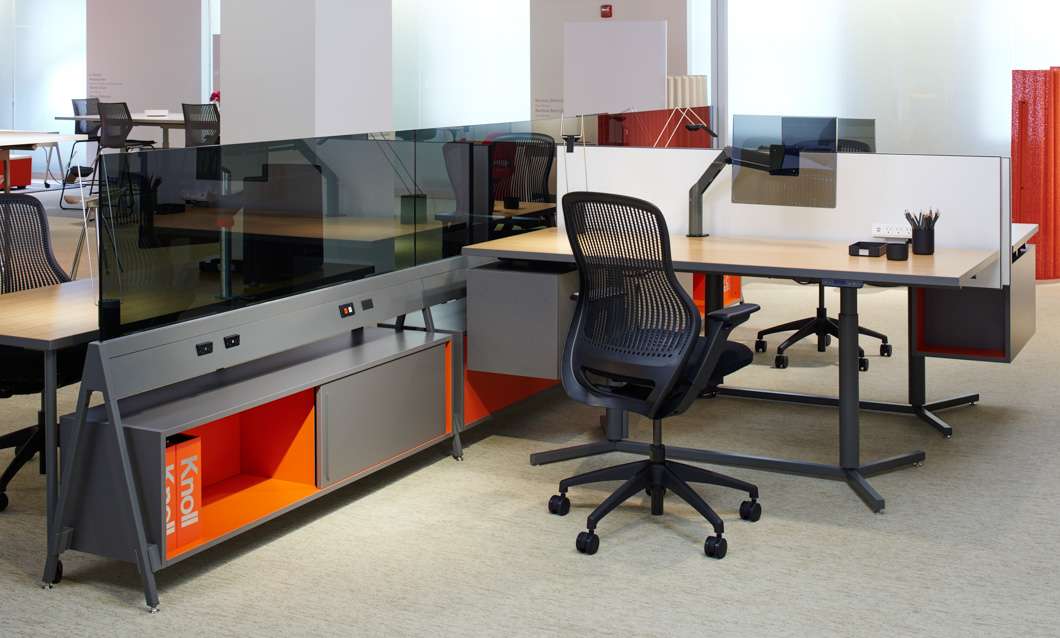 Knoll neocon 2015 showroom tour knoll at neocon 2015 knoll for Bureau knoll