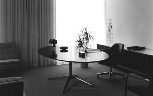 Knoll Table Desk 2
